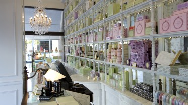 LADUREE  İSTİNYEPARK
